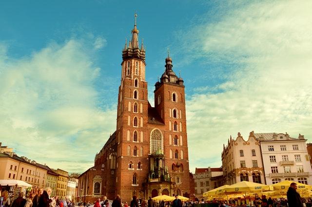 Jak wybrać tani hostel w Krakowie?